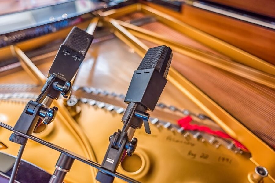 The Best Way to Mic a Piano for a Church Service